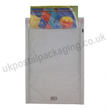 EzePack, White Bubble Lined Padded Bags, Size G/4